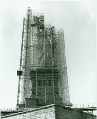 statue-scaffolding-copy
